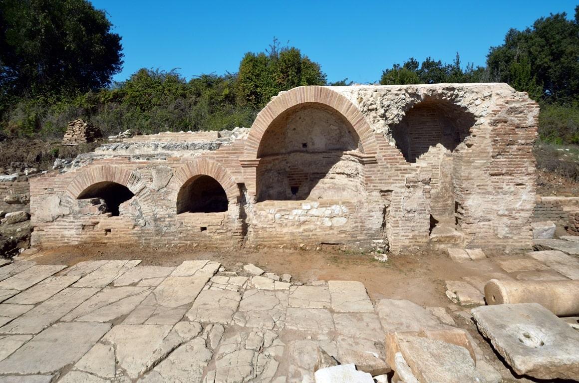 The small Nymphaeum near the domus of the ekdikos Georgios